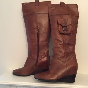 Sofft brown leather boots